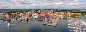 Seglerhafen der Citymarina Stralsund direkt vor der Insel Rügen an der Ostsee